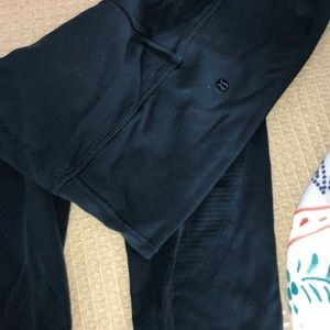Blue/navyish Lululemon leggings size 6